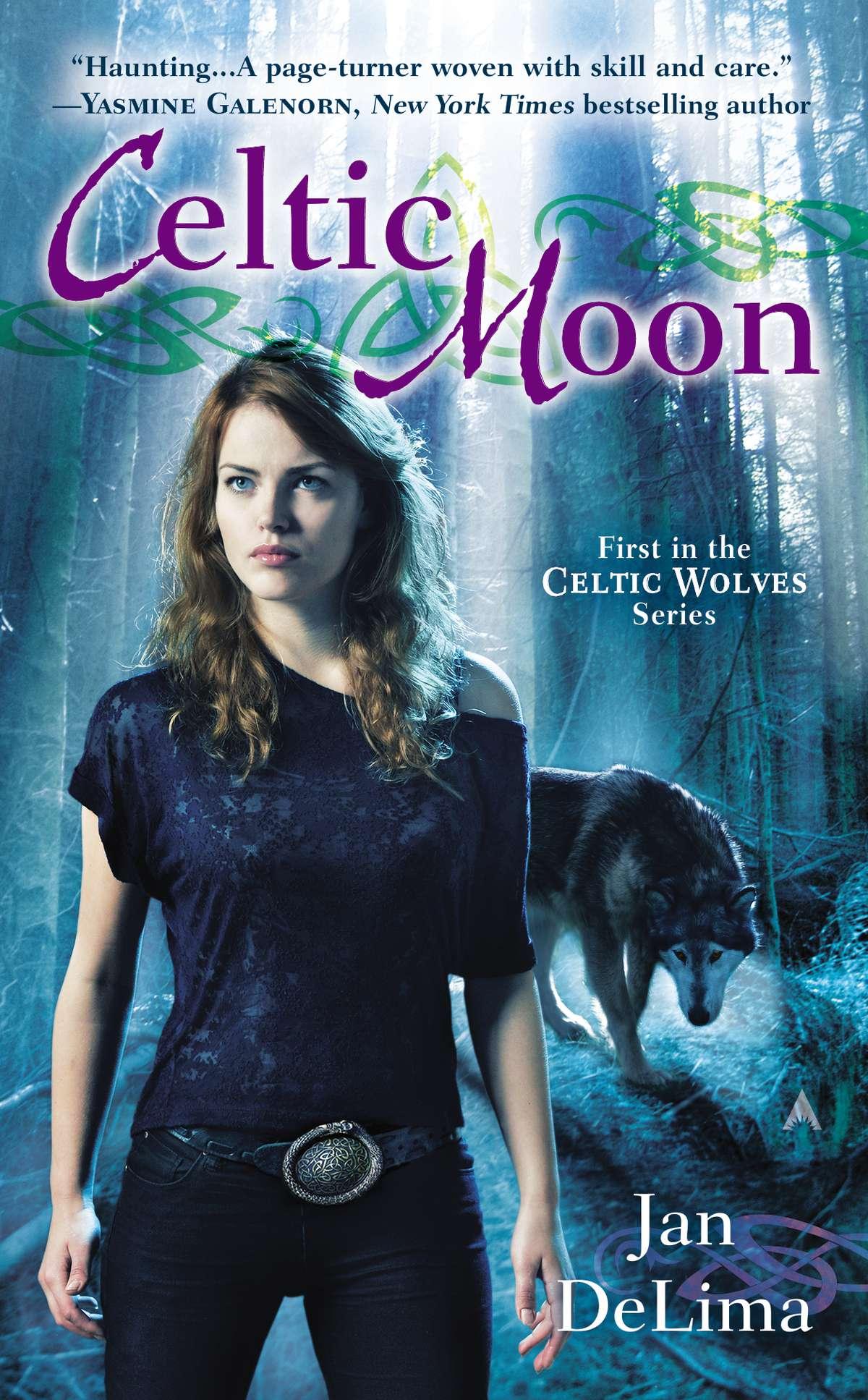 The Celtic Tarot Courtney Davis 9780850309201 Amazon: Mythology Of Celtic Werewolves