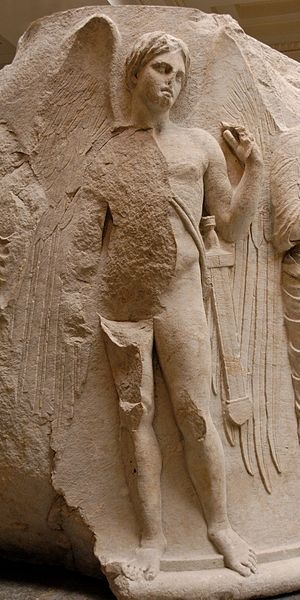 Thanatos, as depicted at the Temple of Atemis at Ephesos, c. 325-300 BC. © Marie-Lan Nguyen / Wikimedia Commons
